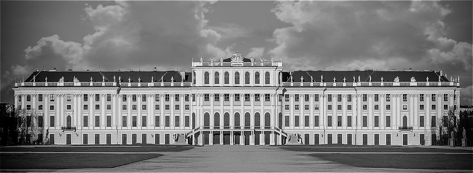 Commended Digital - SchonBrunn Palace - Ian Waddington