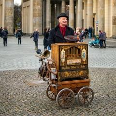 1st Digital - Berlin Street Busker by Paul Wagstaff