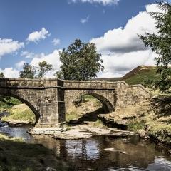 24-Derwent-Packhorse-Bridge
